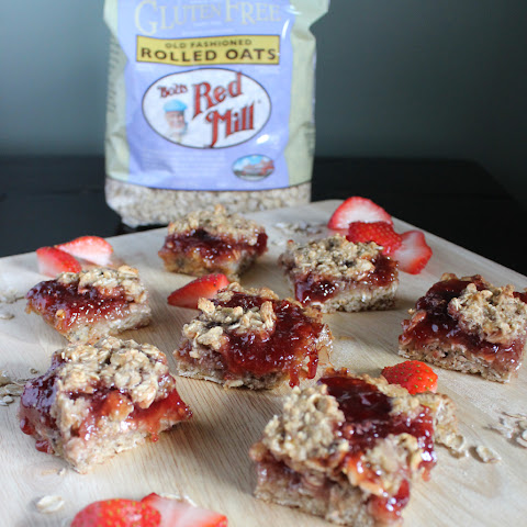 Gluten Free Strawberry Banana Oat Bars