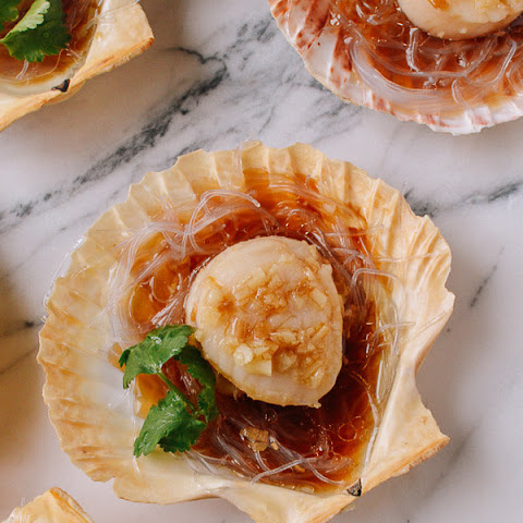 Steamed Scallops with Noodles