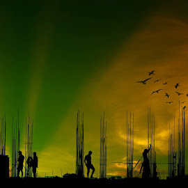 The Day End Here by Mehedi Hasan - People Street & Candids
