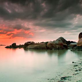 Batu Panjang by Eddie Cheever - Landscapes Weather ( belitung )
