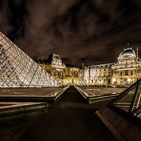The Louvre by Emanuele Zallocco - Buildings & Architecture Other Exteriors