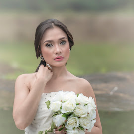 The bride by Leo J Masa - Wedding Bride ( canon, fashion, jenes, philppines, art, white, ambient, tamron, photography, pinay, wedding, outdoor, asia, gown, filipina, bride )