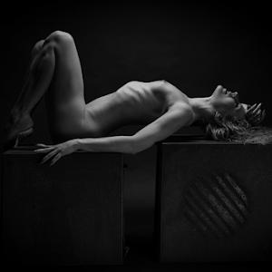 nudeart_©_by_reto_heiz-7859.jpg