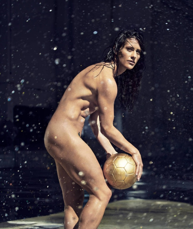 znamenitie-golie-sportsmenki