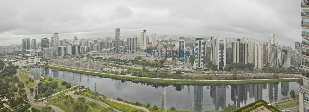 Apartamento de 3 dormitórios em Cidade Jardim, São Paulo - SP