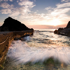 Wave by Luca Rosacuta - Landscapes Waterscapes