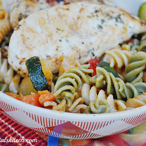 Colorful Chicken Pasta With Vegetables