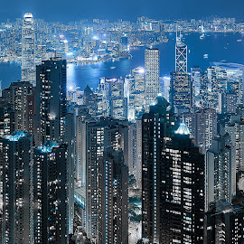 by Chris Patey - City,  Street & Park  Skylines ( hong kong, victoria peak )