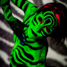Zebra pattern pose by Rob Casey - People Body Art/Tattoos ( b/w, girl, topless, color, black and white, naked, woman, highlighter, zebra, glow, body paint )