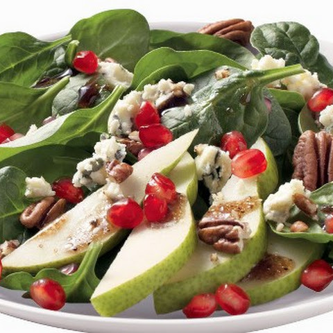 Spinach Salad with Pears, Pomegranate, Blue Cheese and Pecans