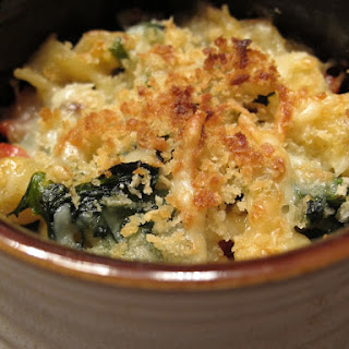 Macaroni and Cheese with Kale and Chorizo