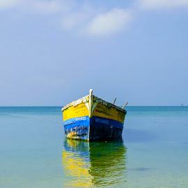 Alone by Vijayanand K - Transportation Boats ( fishing boats, boats, sea, fishing, boat, anchored boats )