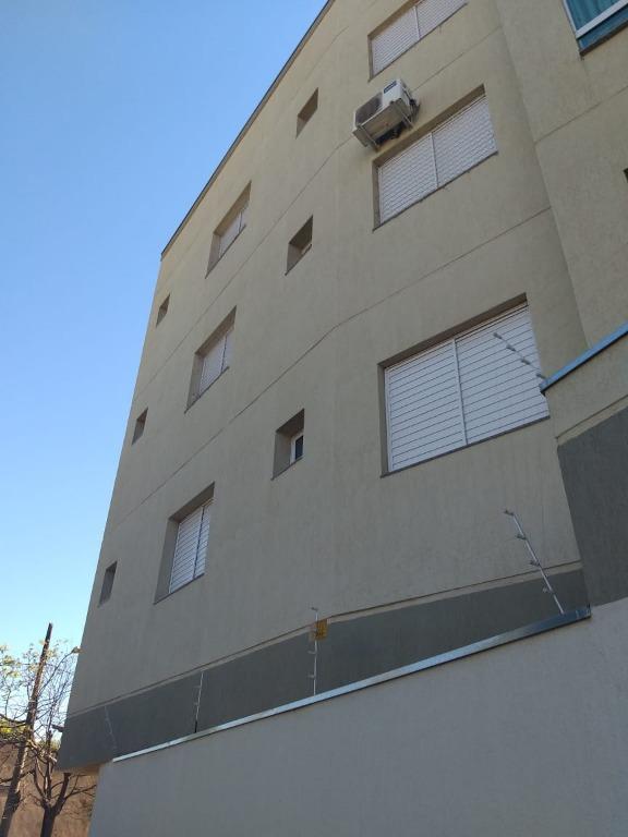 Apartamento com 2 dormitórios à venda, 90 m² por R$ 210.000,00 - Olinda - Uberaba/MG