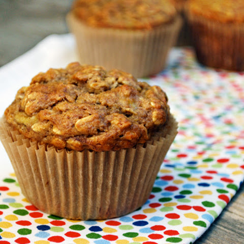 Low Fat Oatmeal-Banana Muffins