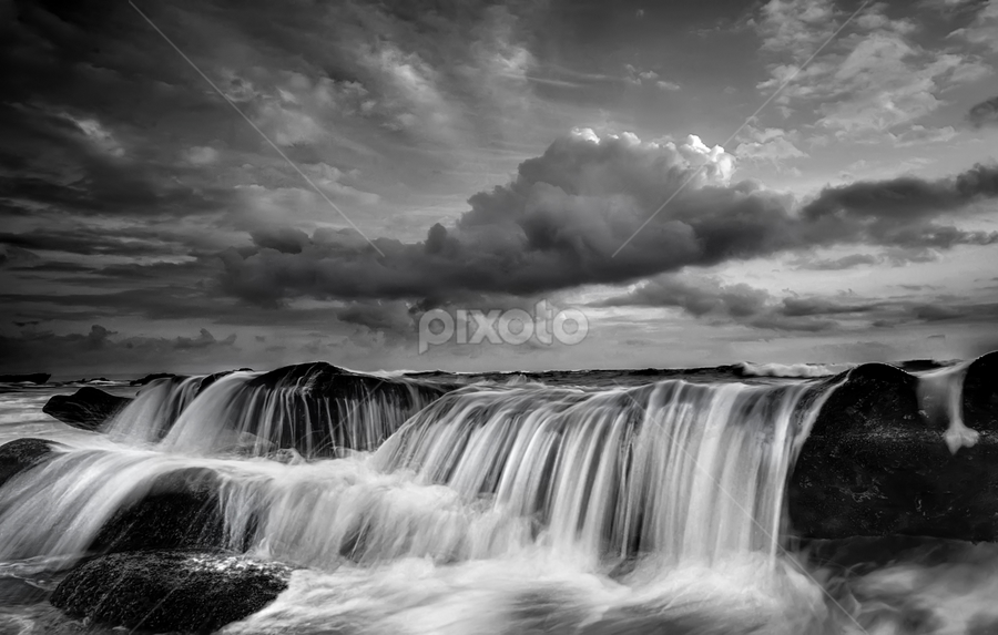 overflow by Raung Binaia - Landscapes Waterscapes ( pwcbwlandscapes )