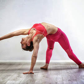by Ben Rohleder - Sports & Fitness Fitness ( balance, strength, wellbeing, flexibility, yoga )