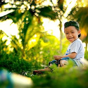 Azriel & Sunset by Firmansyah Goma - Babies & Children Child Portraits ( azriel, sunset,  )
