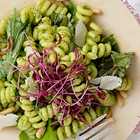 Farmers' Market Pasta Salad with Spinach Pesto