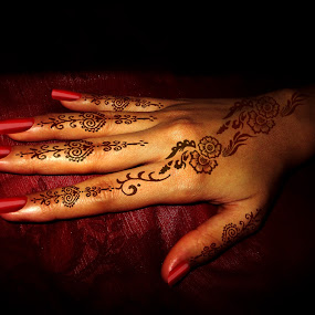 Getting Ready by Aamir Soomro - Wedding Getting Ready ( henna, hand, mehndi, red, nails, bride, design, tatoo, getting-ready )