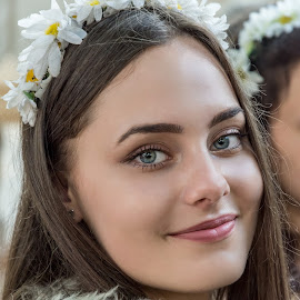 Ode to the most beautiful dacian nymph by Ovidiu Sova - People Portraits of Women ( outdoor photography, portraits of women, beautiful eyes, young, flower, nymph )