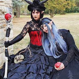 Fantasy Figuren - Cosplay Treffen Düsseldorf by Elke Krone - Instagram & Mobile Android