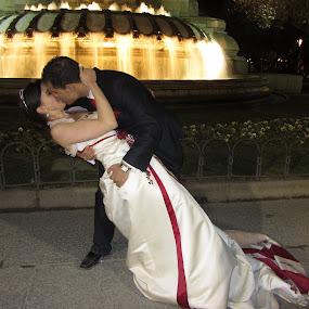 Kiss by Claudia Romeo - Wedding Bride & Groom