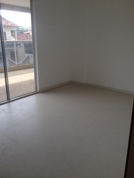 Apartamento em Extensão do Bosque  -  Rio das Ostras - RJ