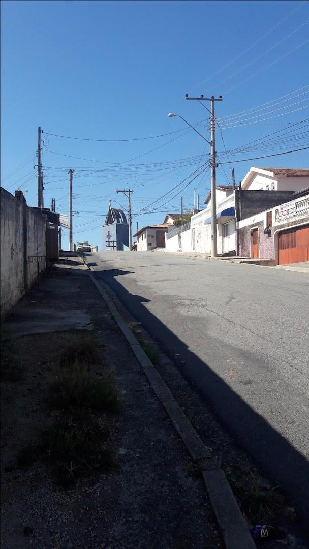 Casa / Sobrado à Venda - Vila Domingues