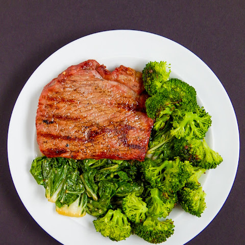 Grilled Veal With Flax Broccoli