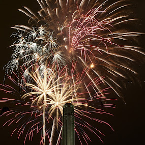 Celebration At The Station by David Shayani - News & Events US Events ( kansas city, memorial day, explosion, fireworks, celebration at the station, union station, ww1 memorial )