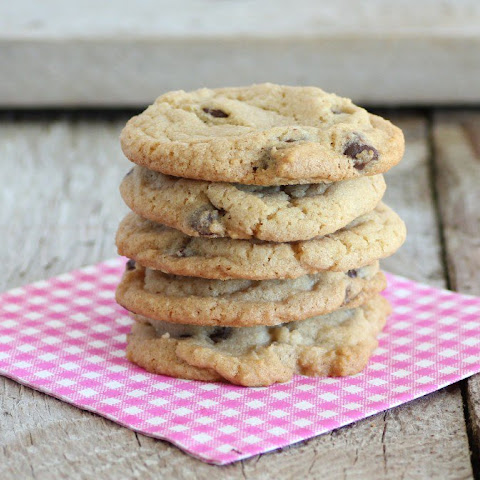 Back At School/Mrs. Fields Copycat Chocolate Chip Cookie
