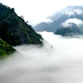 Badal se unche by Monami Das - Novices Only Landscapes ( #jammukashmir #patnitop #cloud )