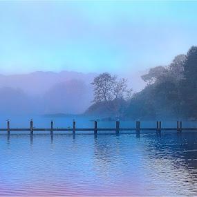 by Stephen Hooton - Uncategorized All Uncategorized ( lakes, boat,  )