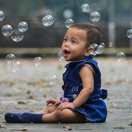 Ola and Buble by Doeh Namaku - Babies & Children Child Portraits