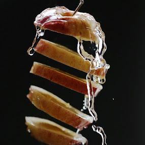 Floting apple by Milla Kantola - Food & Drink Fruits & Vegetables ( water, yammy, food, apple, healt )