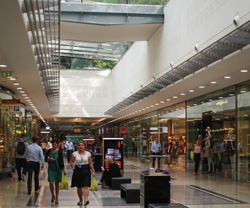 Canary Wharf Shopping