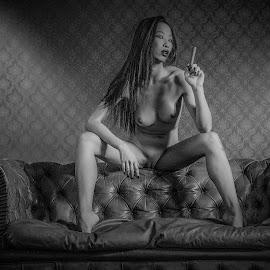 Yara by Adriano Ferdinandi - Nudes & Boudoir Artistic Nude