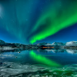 Aurora, sea ice and moon by Marius Birkeland - Landscapes Starscapes ( moon, sky, northernlights, ice, aurora, arctic )