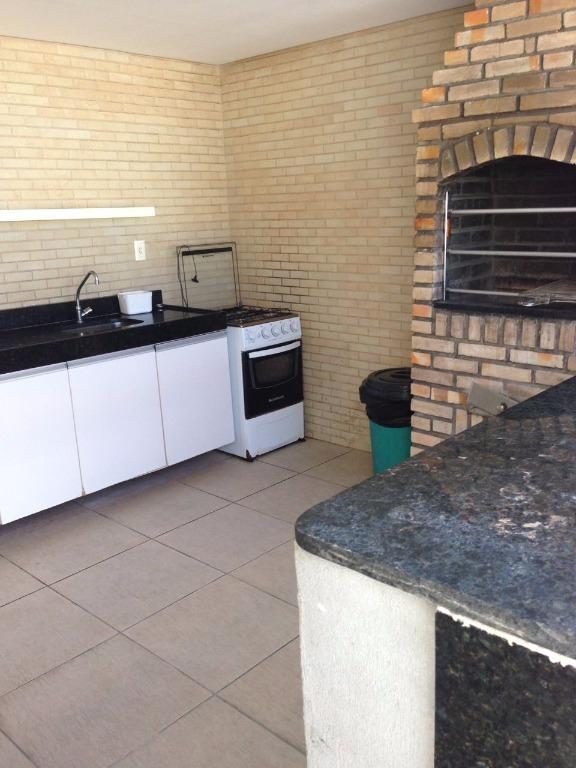 Apartamento com 2 dormitórios para alugar, 58 m² por R$ 1.20