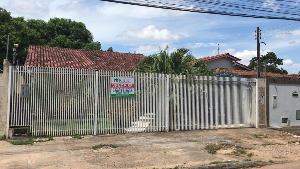 Casa com 3 dormitórios à venda, 161 m² por R$ 360.000 - Aeroporto - Boa Vista/RR apta a financiamento