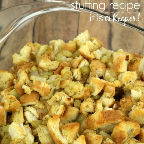 Basic Apple And Sage Stuffing Recipe — Dishmaps