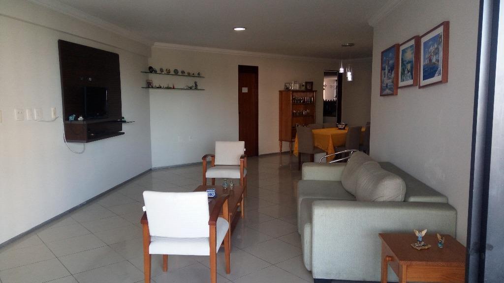 Apartamento residencial à venda, Manaíra, João Pessoa - AP5759.