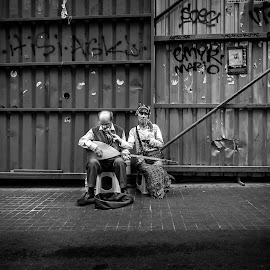 Couple  by Hatef Nobari - People Musicians & Entertainers ( #couple, #b&w, #street, #people, #musicians, #photography,  )