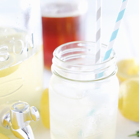 Honey Lavender Lemonade (Paleo + Refined Sugar-Free)