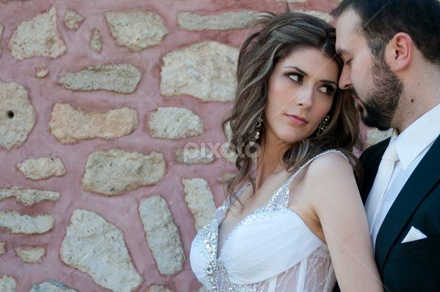 Sofia Camplioni (SC1056) by Sofia Camplioni - Wedding Bride & Groom