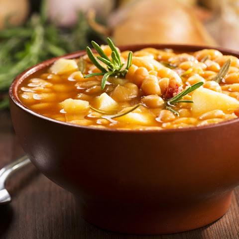 Slow Cooker Bean and Potato Soup
