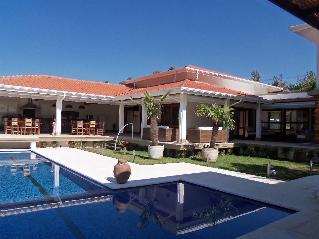 Jundiaí - Casa de Alto Padrão em Condomínio Parque dos Manacas- Área Útil 1.000m² Terreno 5.000m² 05 Suítes Piscina 15 Vagas para Venda.