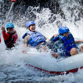 by Lukas Purwosunu - Sports & Fitness Watersports