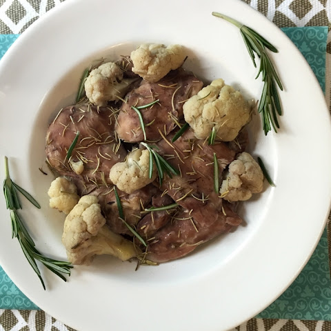 Tender Red Wine & Rosemary Chicken Thighs