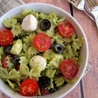 Pesto Mozzarella Pasta Salad